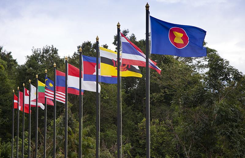 Singapore seeks ASEAN cooperation to strengthen