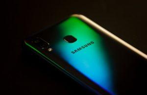 Galaxy S10 fingerprint reader vulnerability
