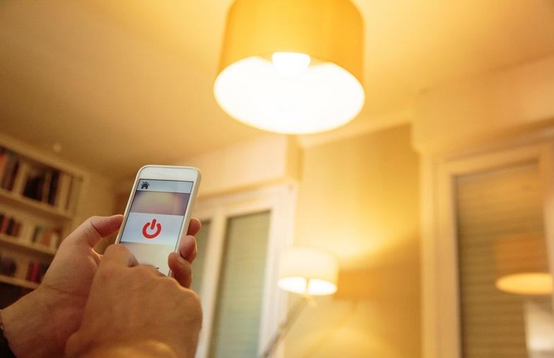 Smart Bulbs Hacking